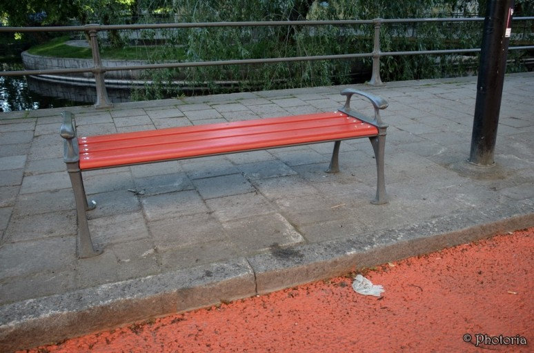 benches_8c