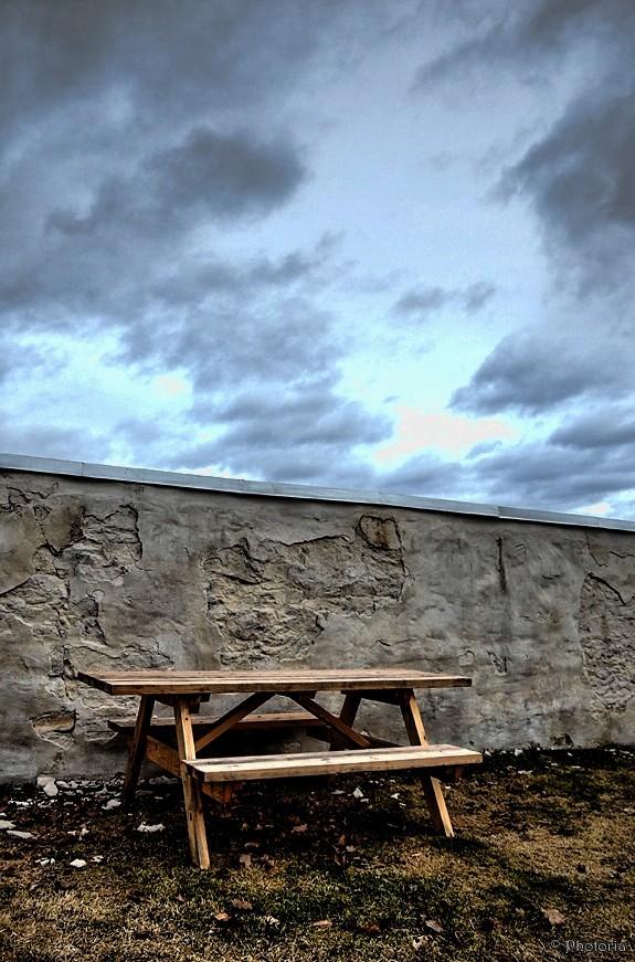 benches_8e