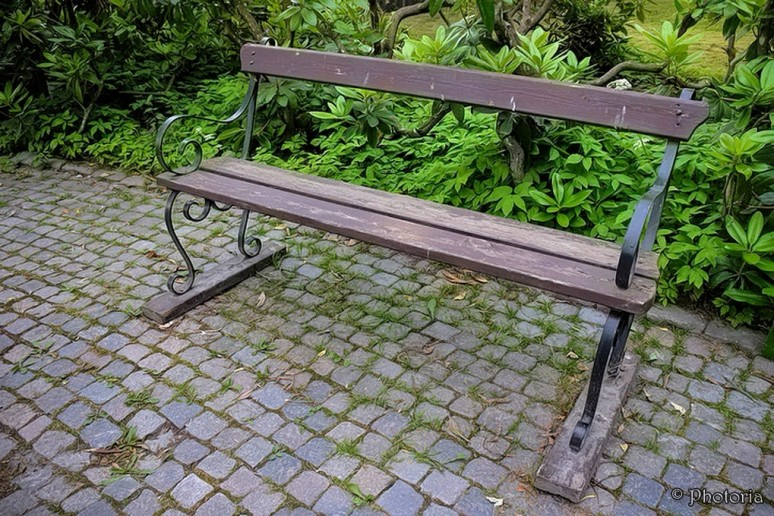 benches_9b
